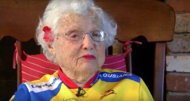 101-летняя женщина готовится к соревнованиям по бегу
