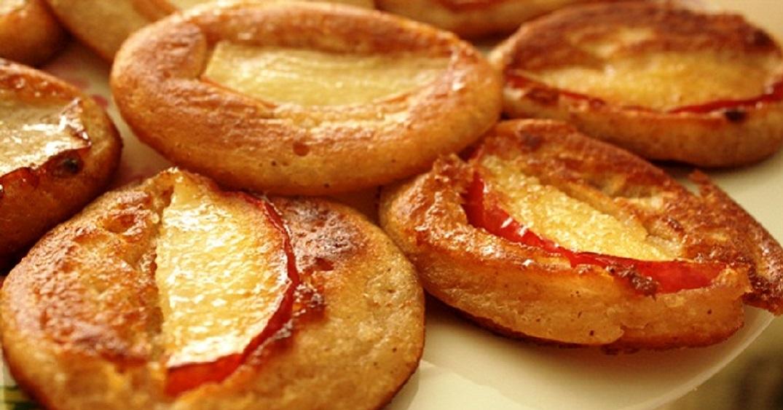 Как приготовить оладьи с яблоками на кефире