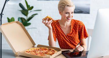 9 вредных пищевых привычек
