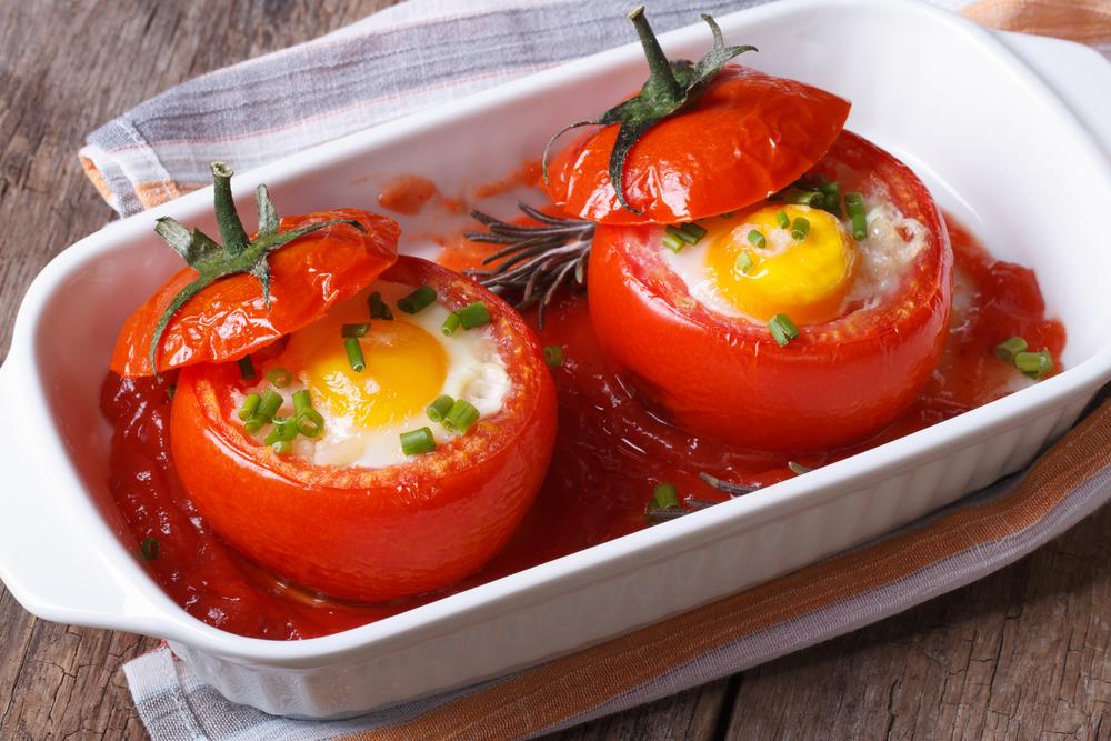 яйца и помидоры фото